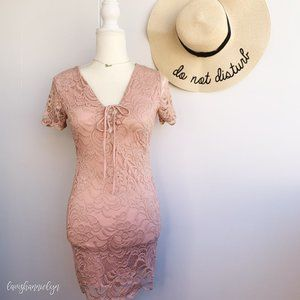 Forever 21 Pink Lace Wedding Guest Dress Small